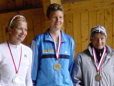 Siegerehrung Berlin-Brandenburger Meisterschaft Triathlon olympische Distanz (Altersklasse W30)
