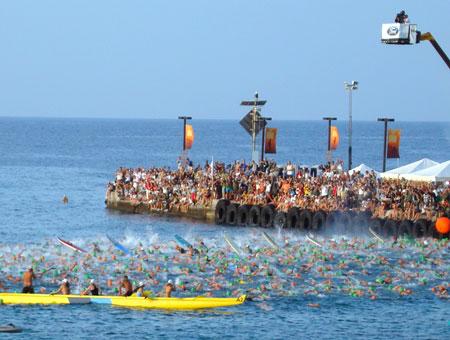 Schwimmstart Weltmeisterschaft IRONMAN Hawaii