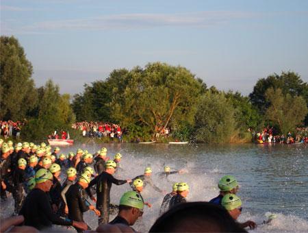 Schwimmstart IRONMAN Regensburg