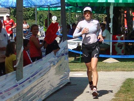 Katrin Burow beim 84,4 km Lauf