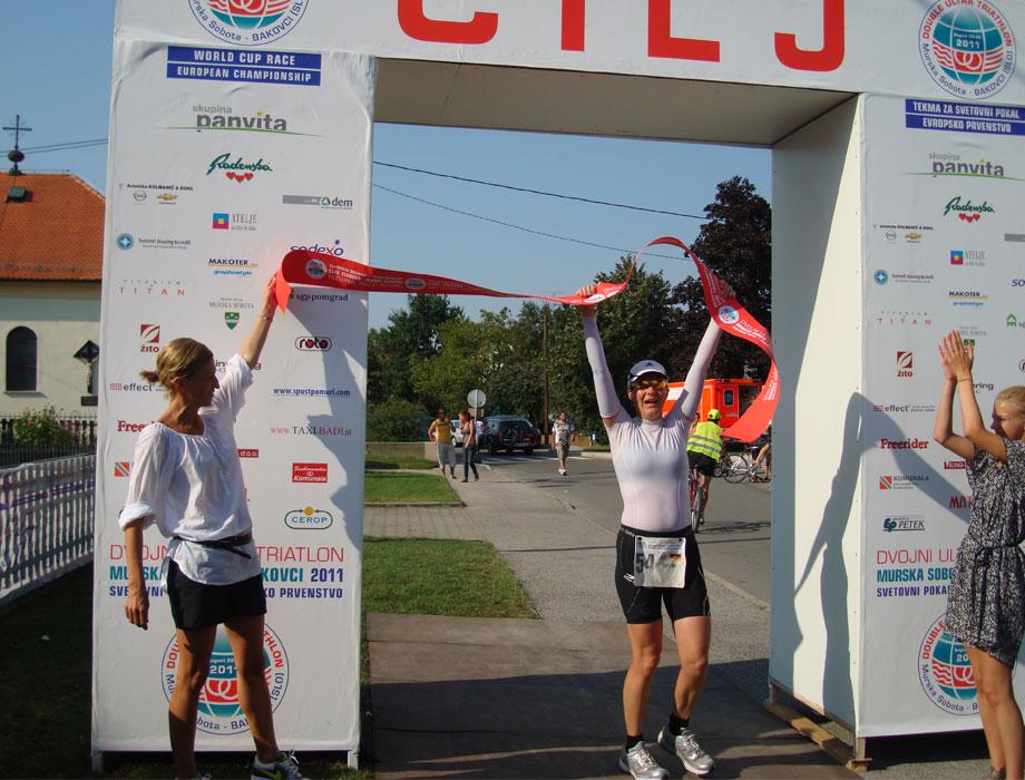 Katrin Burow wird Europameisterin im Double Ultra Triathlon 2011
