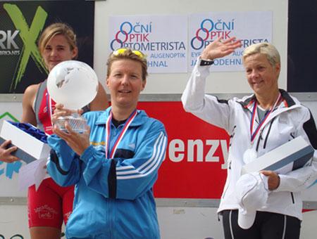 Katrin Burow ist Weltmeisterin im Quadrathlon auf der Mitteldistanz in Sedlcany / Tschechien 2012
