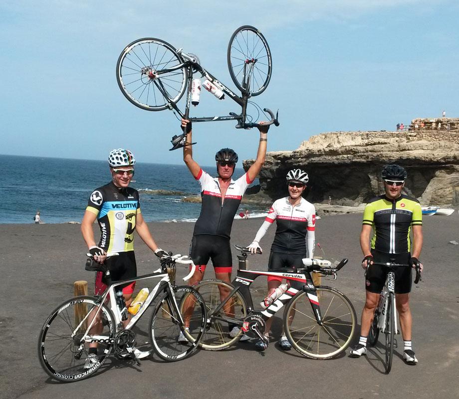 Ajuy 2015 - Radtraining mit Travis, Johan, Katrin, und Mark