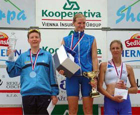 Katrin Burow wird Vizeweltmeisterin im Quadrathlon auf der Mitteldistanz in Sedlcany / Tschechien 2011