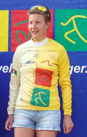 Katrin Burow wird Berlin-Brandenburger Meisterin im Triathlon auf der Mitteldistanz in der Altersklasse W35 beim BerlinMan 2012