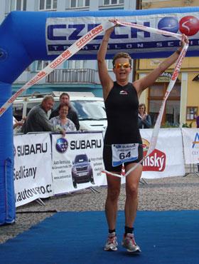 Katrin Burow wird Weltmeisterin im Quadrathlon auf der Mitteldistanz in Sedlcany / Tschechien 2012