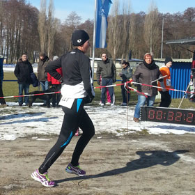 Katrin Burow Gesamtsiegerin beim 13. Motzener Frühlingslauf am 17.03.2013