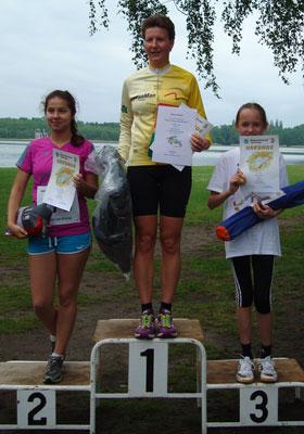 Katrin Burow Gesamtsiegerin über 4 km beim Motzener See Lauf am 01.06.2013