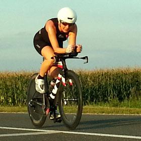 Katrin Burow ist Weltcup-Gesamtsiegerin im Ultra Triathlon 2014