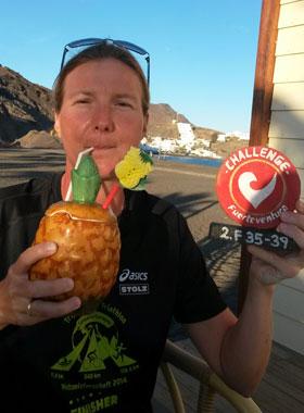 Katrin Burow belegt den 2. Platz in der Altersklasse 35-39 beim Challenge Fuerteventura in Las Playitas am 25.04.2015