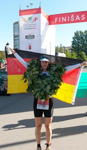 Katrin Burow belegt den 3. Platz bei der WM Double Ultra Triathlon in Panevėžys / Litauen 2016