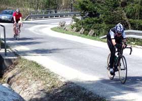 Katrin Burow (vorne rechts) bei der CR-Radtour 2009