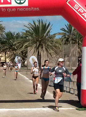 Katrin Burow beim Crosslauf in Gran Tarajal / Fuerteventura 2015